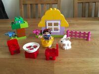 Lego duplo Snow White cottage 6152