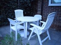 WHITE GARDEN SET- TABLE 2 RECLINERS/2 CHAIRS/UMBRELLA PASTEL SHADES/UMBRELLA BASE/SIDE TABLE