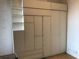 Free shelving / wood / fittings