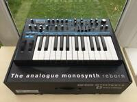 NOVATION BASS STATION II ANALOGUE SYNTHESIZER IMMACULATE BOXED WITH MANUAL