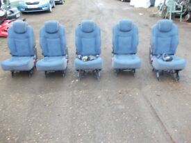 Renault Espace set rear 5 seats removed from 2000 model with seats belts