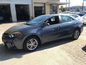 2014 Toyota Corolla LE/NAVIGATION/LEATHER/LOW, LOW KMS! Kitchener / Waterloo Kitchener Area image 3