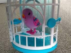 Little Live Pets - Singing & Speaking Bird
