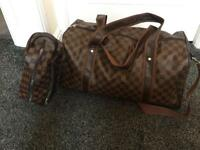 Men's LV LOUIS VUITTON holdall and toiletries bag, gym bag leather