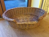 DOG CAT WILLOW BASKET BED