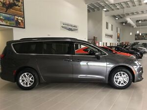 2017 Chrysler Pacifica LX Touch Screen Push Start