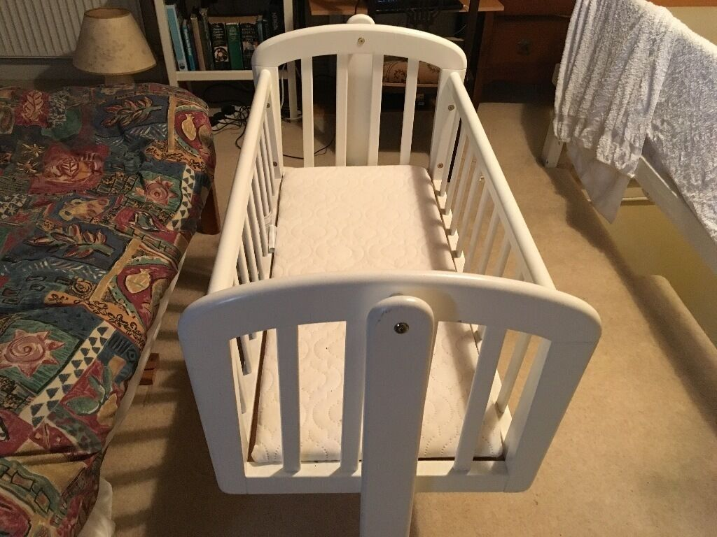 Baby cribs john lewis - John Lewis Anna Swinging Crib Includes Mattress Ideal For Lulling Young Babies To Sleep In Sheffield South Yorkshire Gumtree