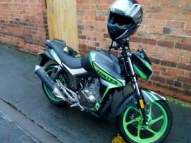 Gorgeous 125cc motorbike only 3 months old