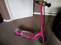 E100 RAZOR ELECTRIC SCOOTER PINK