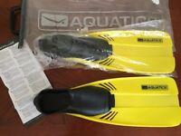 Brand new pair of aquatics swimming fins size xs 1-2 34-35