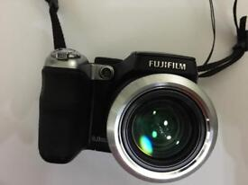 Fujifilm Finepix S8000fd. New condition.