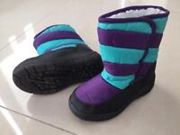 Mountain Warehouse snow boots size 9