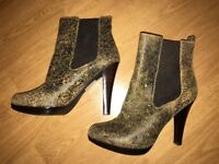 Michael by Michael Kors Distressed Leather Boots Heels Size UK 5 1/2 (US 8)
