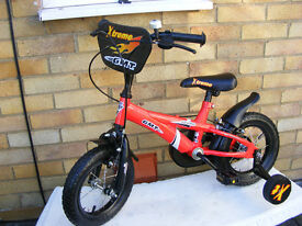 "BOYS 12"" WHEEL BIKE WITH FITTED STABILISERS AGE 3+ HARDLY USED"