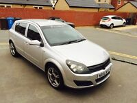 55 plat Vauxhall Astra 1.6 engine 5 door hatchback full sport Run and drive perfect