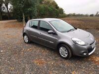 2011 Renault Clio I Music