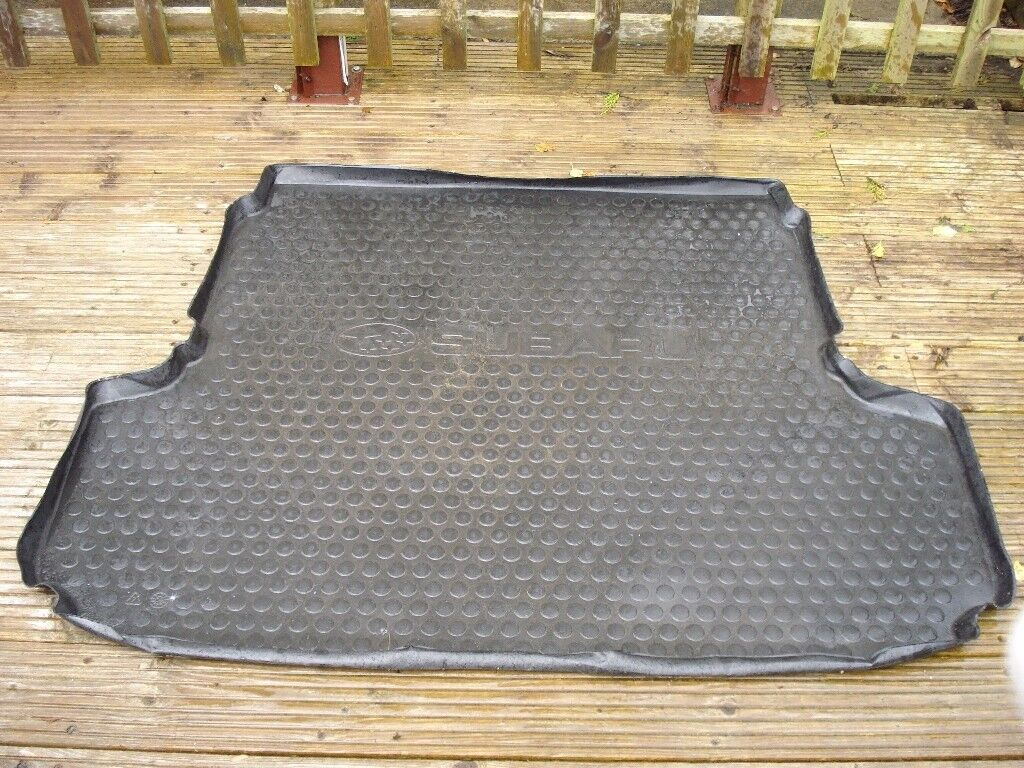 Subaru Outback load space floor protector