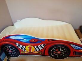 Toddler racing car bed