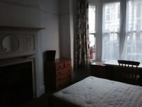 Rooms in house available for professionals- close to hospital and walking distance to town