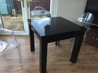 Black high gloss extendable table from Next