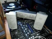 Panasonic centre speaker/2x surround