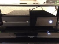***SOLD***Xbox One Day One Limited Edition Console 500GB With Box 2 Games Kinect HDMI Controller
