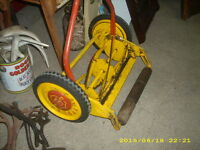 vintage clipper ball bearing made in england push lawn mower