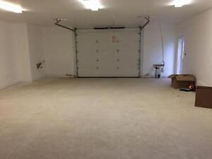 Commercial Space for lease 900-1100 sq ft High traffic location