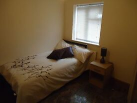 Luxury house – all en-suite triple sized fully furnished rooms