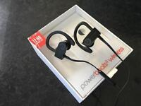 Powerbeats 3 wireless headphones - not used