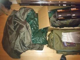 Full Carp Fishing Starter set up Bivvy Tent 2 Rods and Reels Bag Alarms Tackle/HIGH QUALITYTACKLEbox