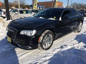 2015 Chrysler 300 Touring, Auto, Leather, Panoramic Sunroof, AWD