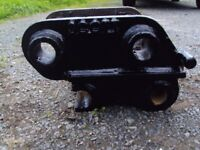 Quick Hitch (Semi) to suit Hitachi EX30 or ZX30