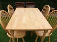 PINE TABLE & CHAIRS