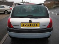 Renault Clio 2001, 12 months MOT and very recent service