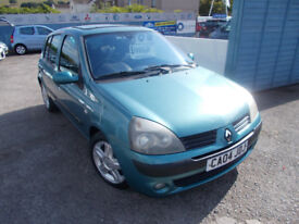 VERY CLEAN CLIO 1.2 5DR DRIVES A1 , MOT MAY 2019 , FULL SERVICE , WARRANTY LOT OF CAR FOR THE MONEY