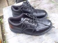 GOLF SHOES EXCELLENT CONDITION SIZE 10.5 ALSO NEW GOLF SHOES
