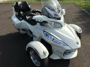 2011 Can-Am Spyder® RT Limited - SE5 London Ontario image 2