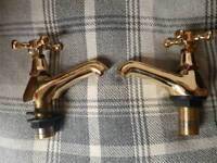 Bath Taps (Pair) in Antique Gold