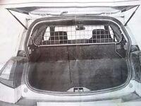 Renault Megane (MK11) dog guard (TDG 1087)