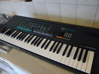 yamaha psr150 full size keyboard with mains power supply,hundreds of voices,styles,please read more.