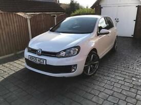 VOLKSWAGEN GOLF (59) 1.6 TDI (GTD) WHITE 5 DOOR - **LOW TAX/ FSH/ HPI CLEAR**