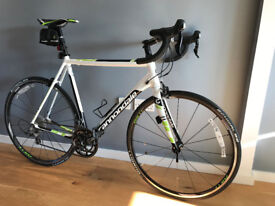 Cannondale CAAD10 58cm Road Bike - Shimano 105 Components - Like New