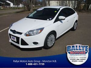 2013 Ford Focus SE! ONLY 68 KM! Save! Trade-In! s