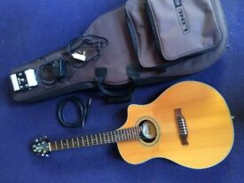 Variax 700 acoustic guitar by Line 6