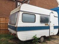 Caravan 4 bed kitchen fridge electric £350