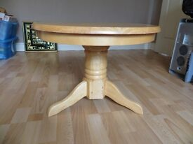 Coffee Table, round.