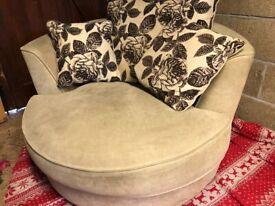 Swivel armchair - beige