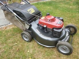 Honda HRH536 HXEH Pro Hydrostatic, 21 inch Self Propelled Lawnmower. 2014 Serviced