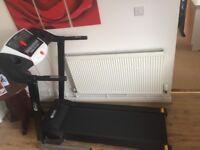 Dynamix motorised treadmill. Preset programs, incline function, foldaway, calories, distance, speed